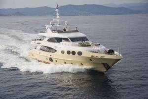 Combet Yacht Consultant image