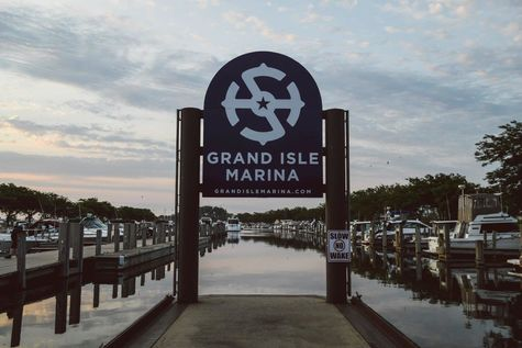 Grand Isle Marinalogo