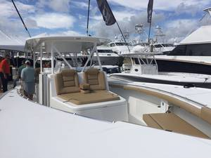 Lake & Bay Yacht Sales image