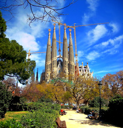 Barcelona is a common pickup and dropoff for boat buyers thanks to its excellent travel options.