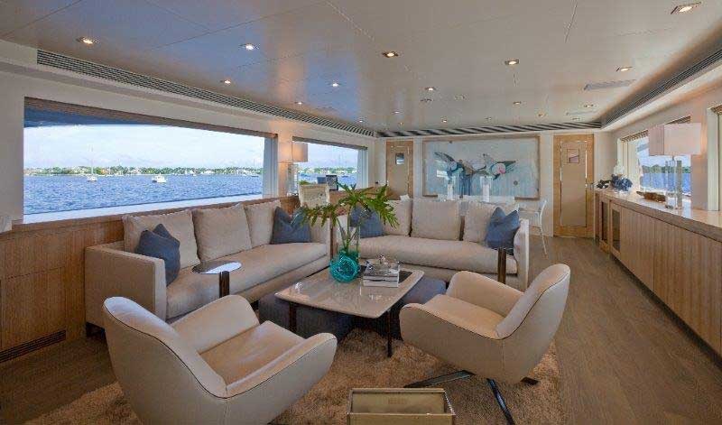 The owners of Andrea IV previously owned a Horizon in the 80-foot range. They wanted the extra room offered by the RP110 because of their growing family. The combination main salon and dining area have already been put to good use on trips through the Bahamas and along the U.S. East Coast.