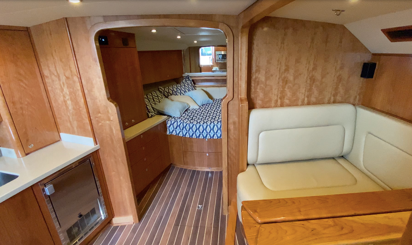 Space Saving Solutions for Living Aboard A Boat