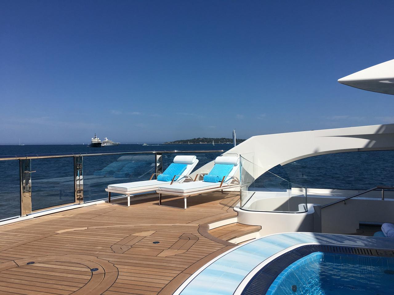 Superyacht Deck Design