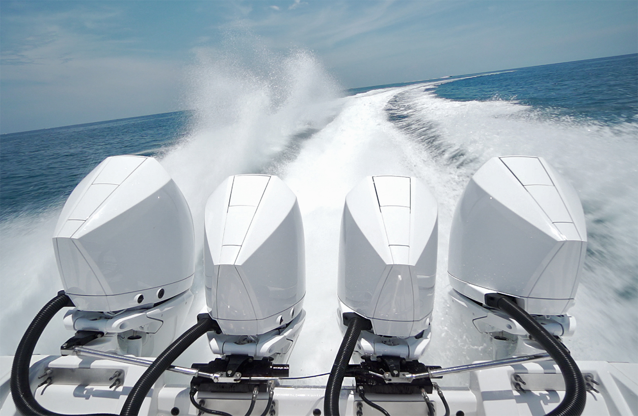 Quad-Mercury-Racing-450R-Outboards
