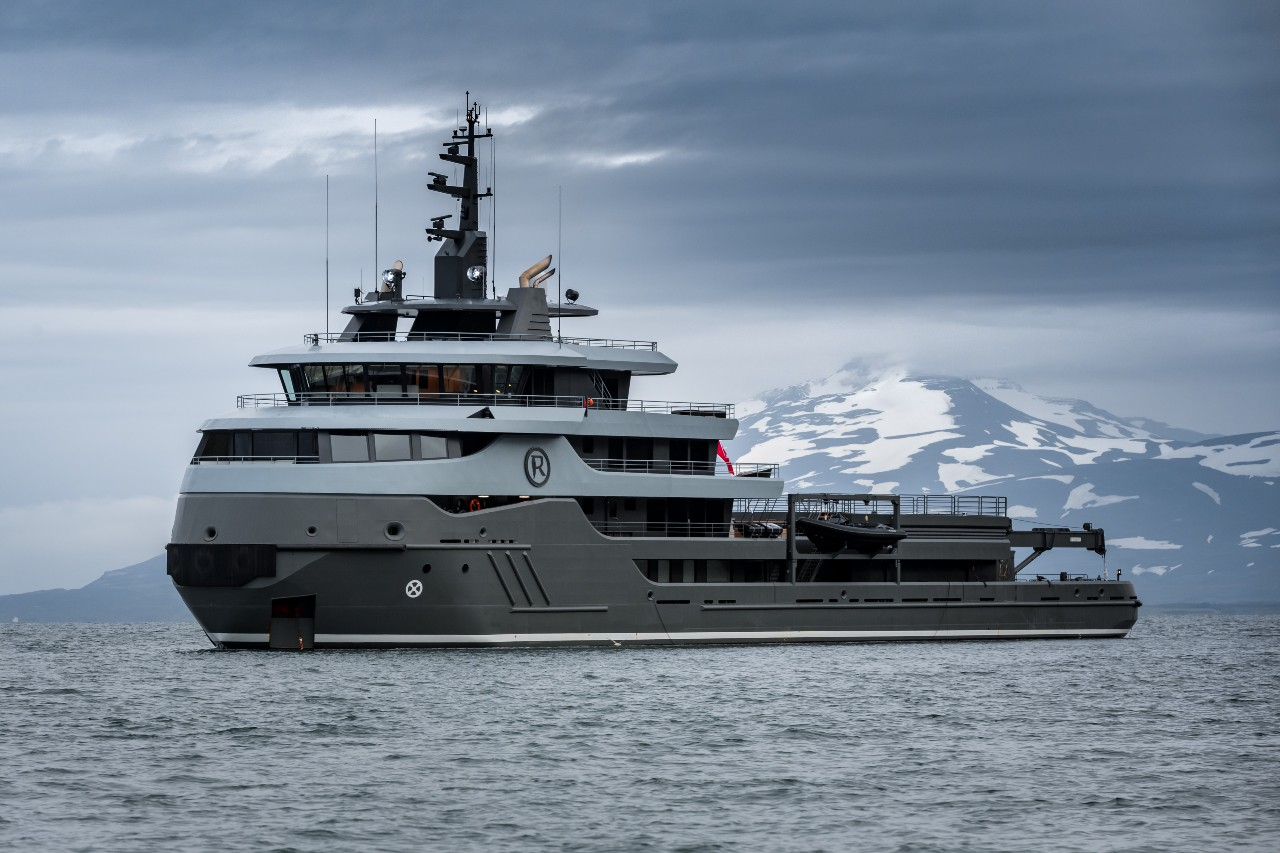 Ragnar_explorer_vessel