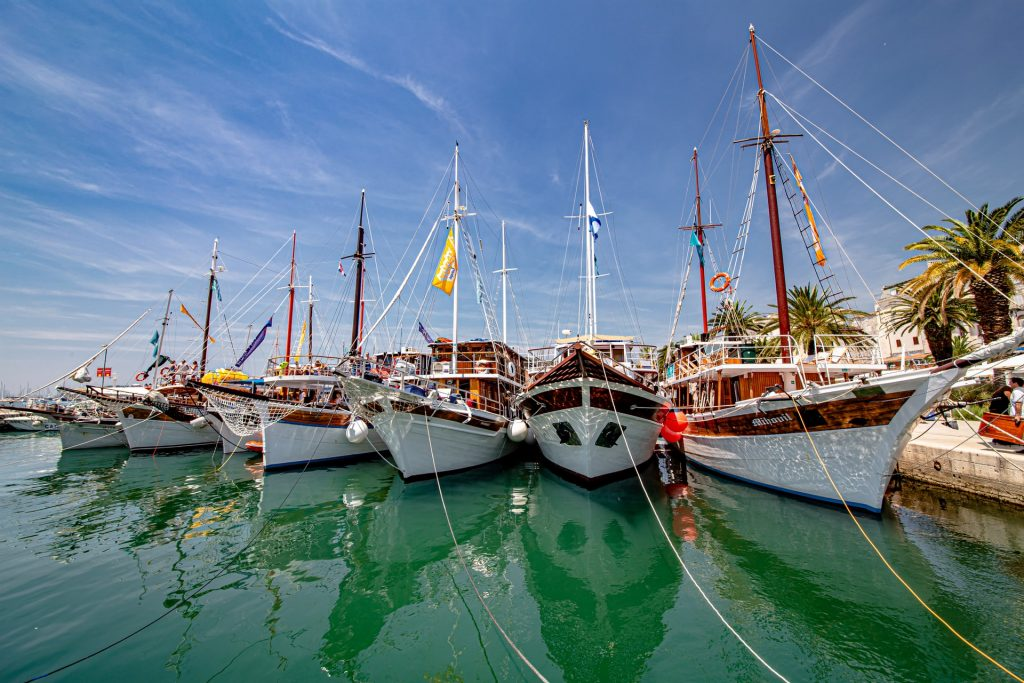 Boats stored in the tropics