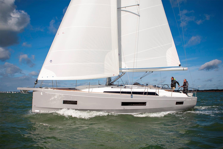2021 Beneteau Oceanis 40.1 Sailboat Review