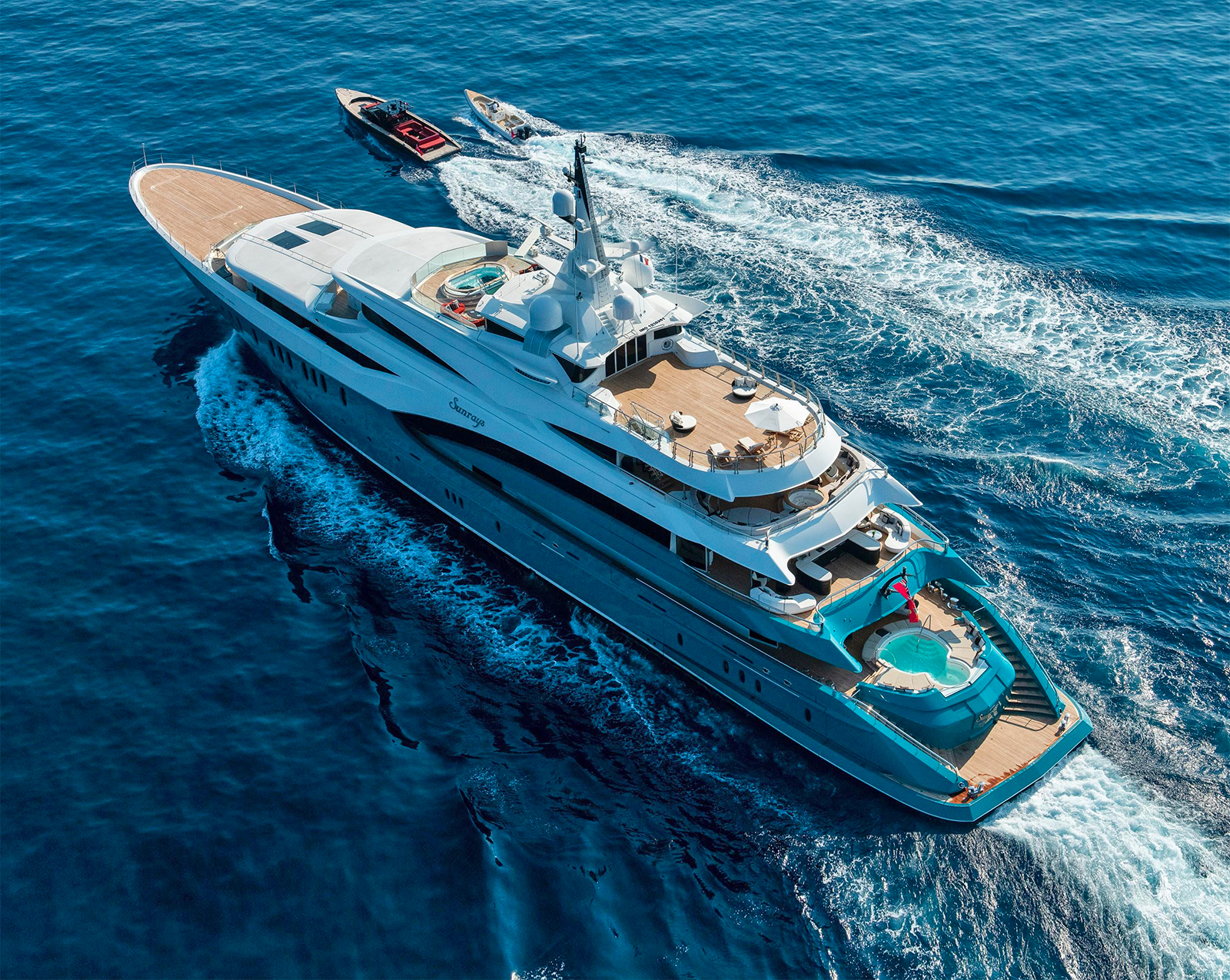 SUNRAYS Superyacht. Photo: Alex Busher/Edmiston.