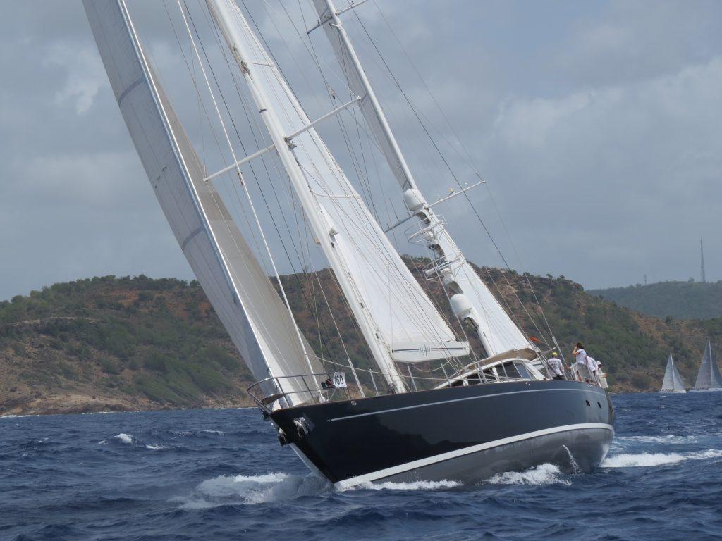 Antigua race bow