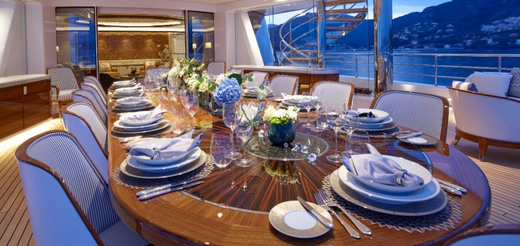 Excellence_superyacht_table_design
