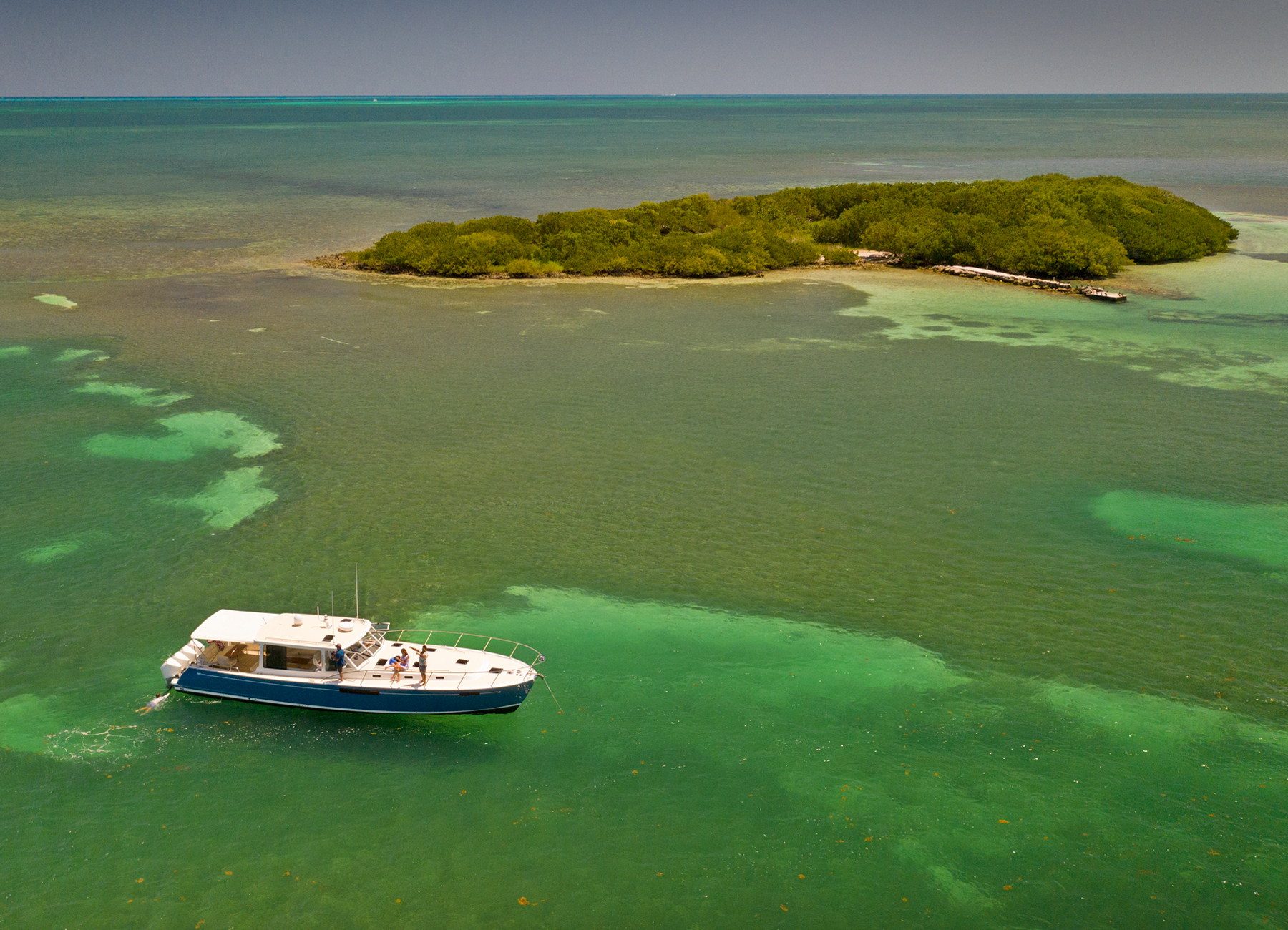 MJM Yachts 53z At Island