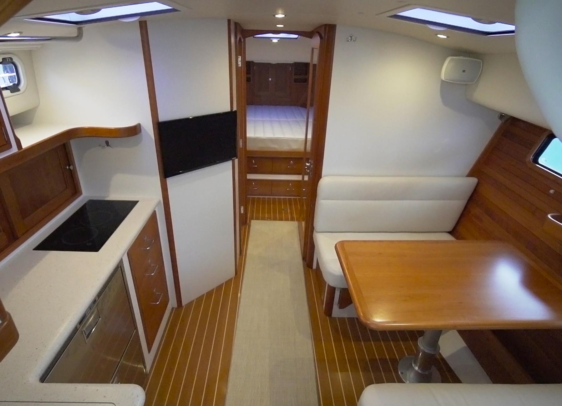MJM Yachts 43z Cabin Interior