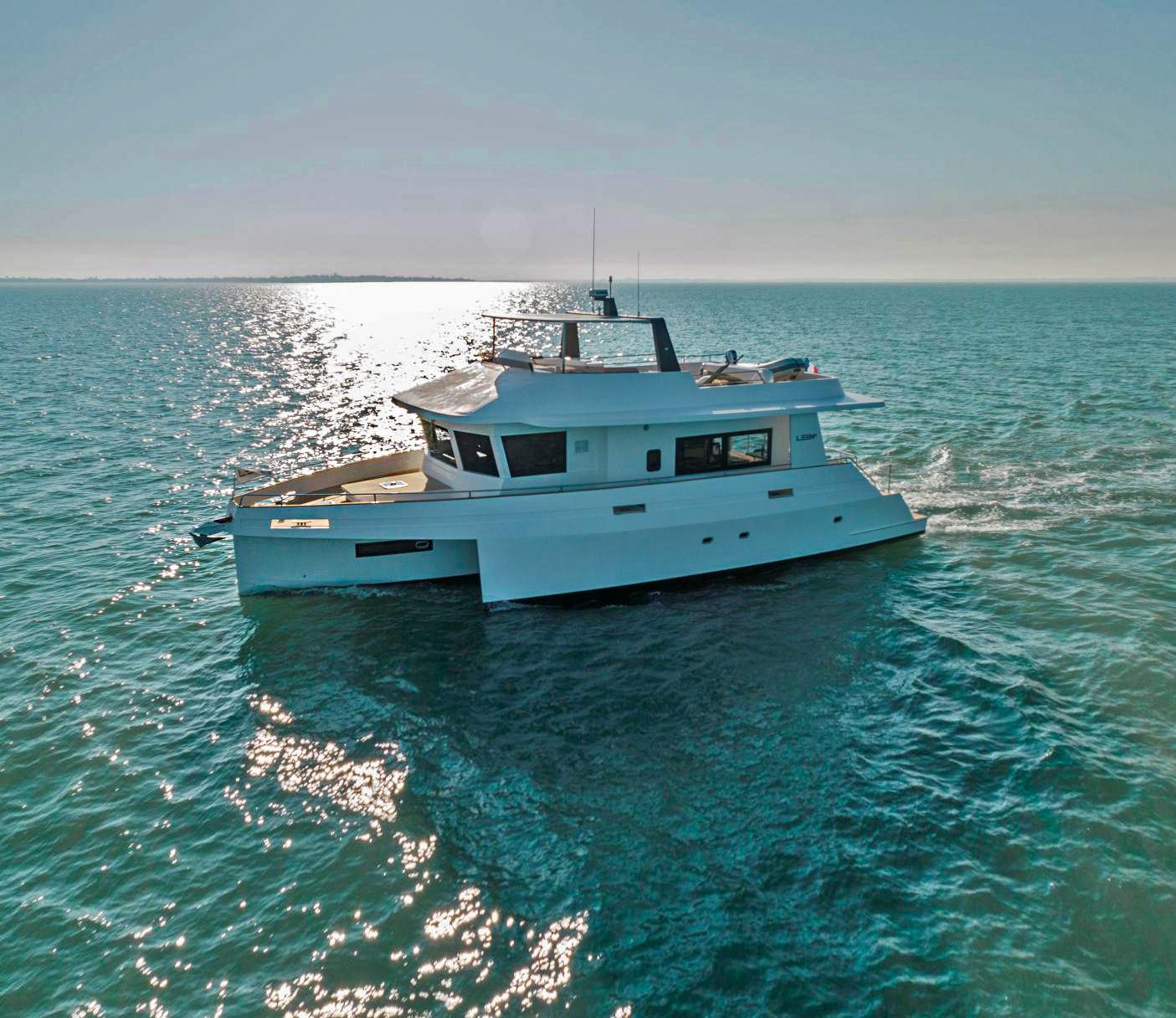 LEEN 56 Trimaran Yacht